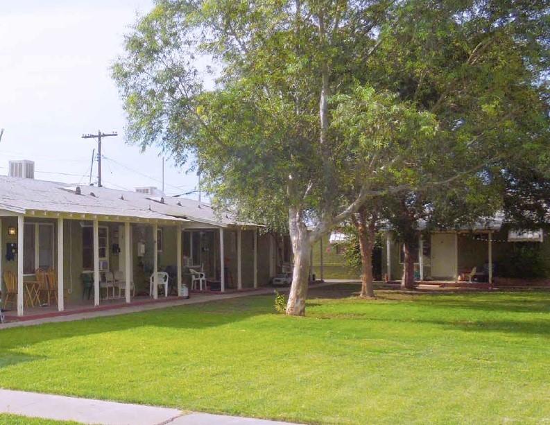 Encanto Park Apartments | 730-820 East Turney, Phoenix, AZ 85014 | 29 Units | Built in 1944/46/48 | $1,595,000 | $55,000 Per Unit | $86.47 Per SF