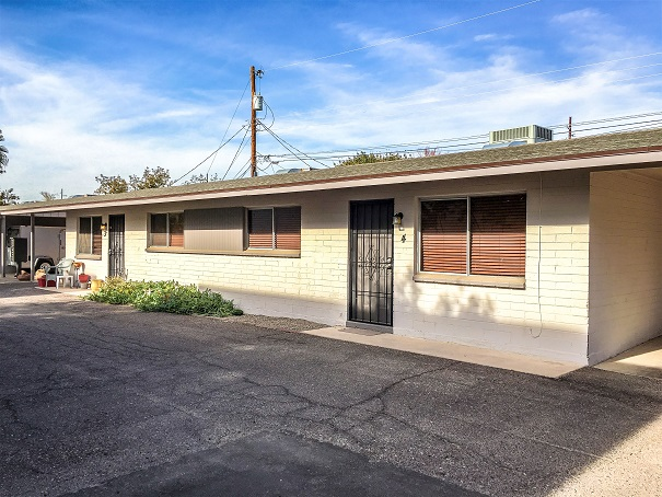 3231 N 37th St Apartments | 3231 North 37th Street, Phoenix, AZ 85008 | 6 Units Built in 1963, Renovated in 2016 | $598,000 | $99,667 Per Unit | $124.58 Per SF
