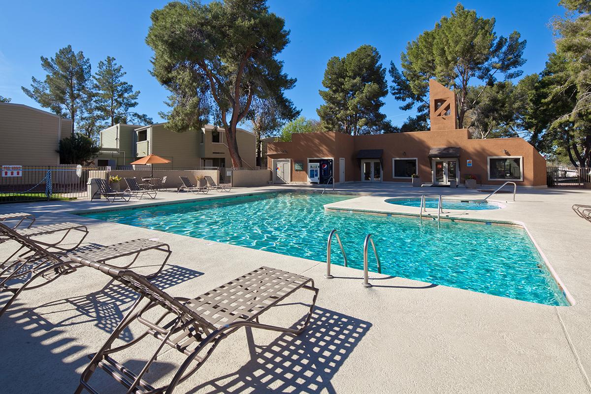 Brookwood Apartment Homes | 201 South Kolb Road, Tucson, AZ 85710 | 272 Units | Built in 1973 | $13,000,000 | $47,794 Per Unit | $62.87 Per SF