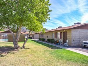 Garden Cove Apartments | 1626 West Desert Cove Avenue, Phoenix, AZ 85029 |44 Units | Built in 1977 | $2,450,000 | $55,682 Per Unit | $66.89 Per SF