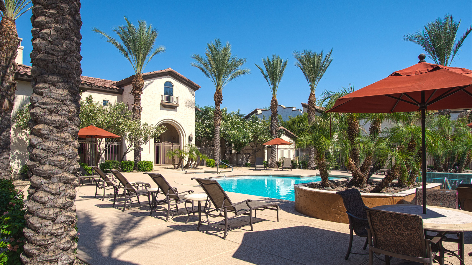 Chuparosas Apartments | 2222 South Dobson Road, Chandler, AZ 85224 | 258 Units | Built in 2007 | $43,500,000 | $168,605 Per Unit | $169.25 Per SF