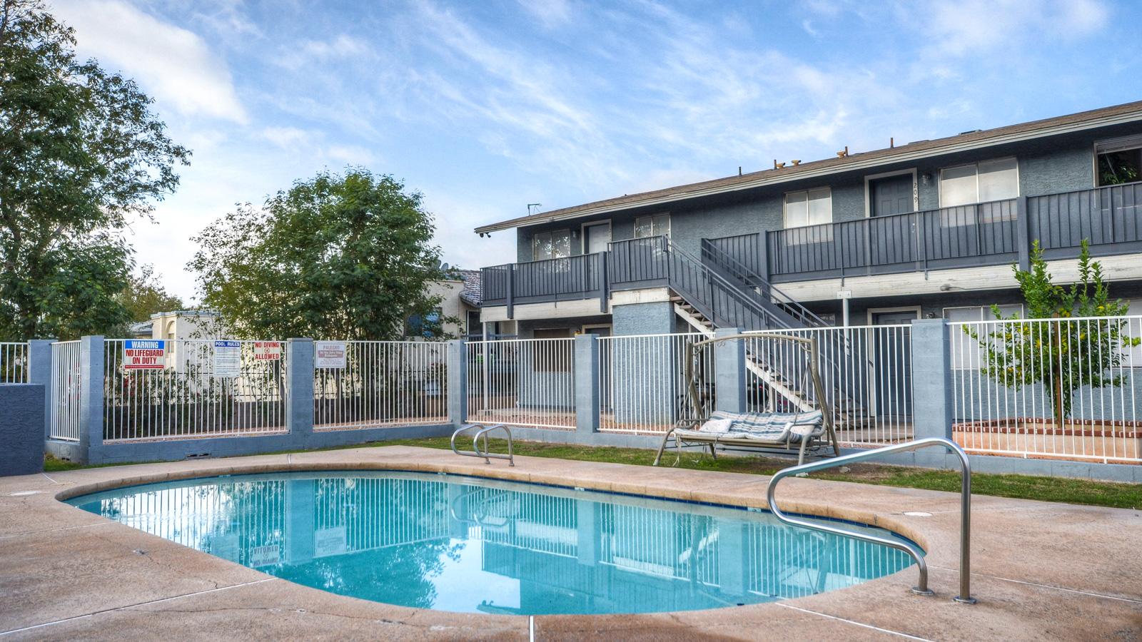 Desert Cove Manor | 1535 West Desert Cove Avenue, Phoenix, AZ 85029 | 26 Units | Built in 1983 | $1,850,000 | $71,154 Per Unit | $94.12 Per SF