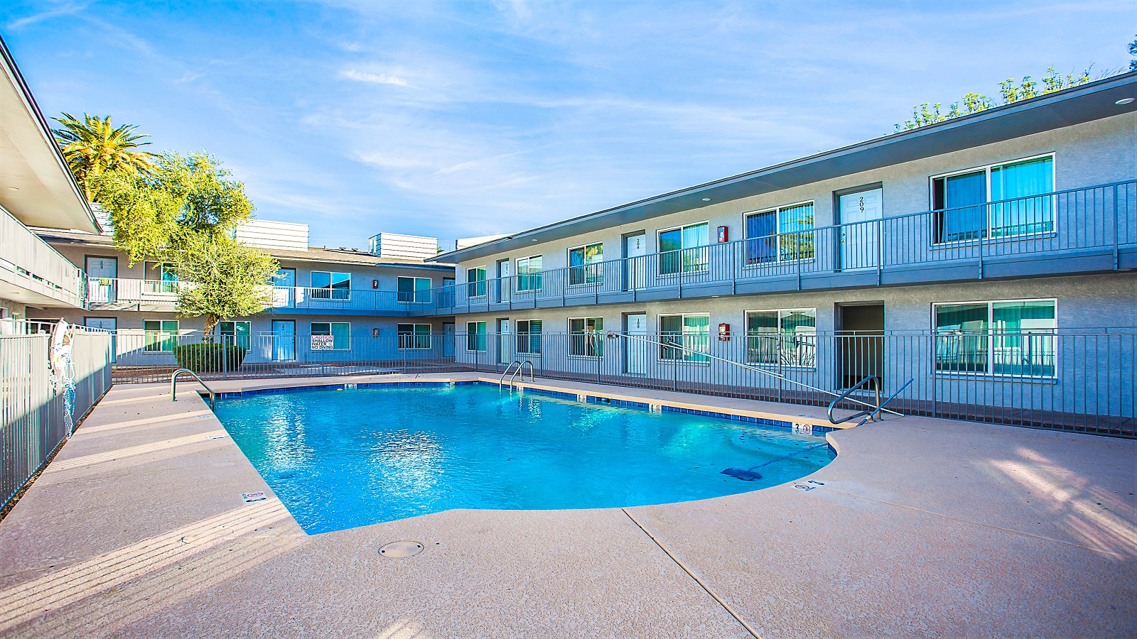Park Mesa Apartments | 1547 East Broadway Road, Mesa, AZ 85204 | 42 Units | Built in 1984 | $3,850,000 | $91,667 Per Unit | $117.02 Per SF