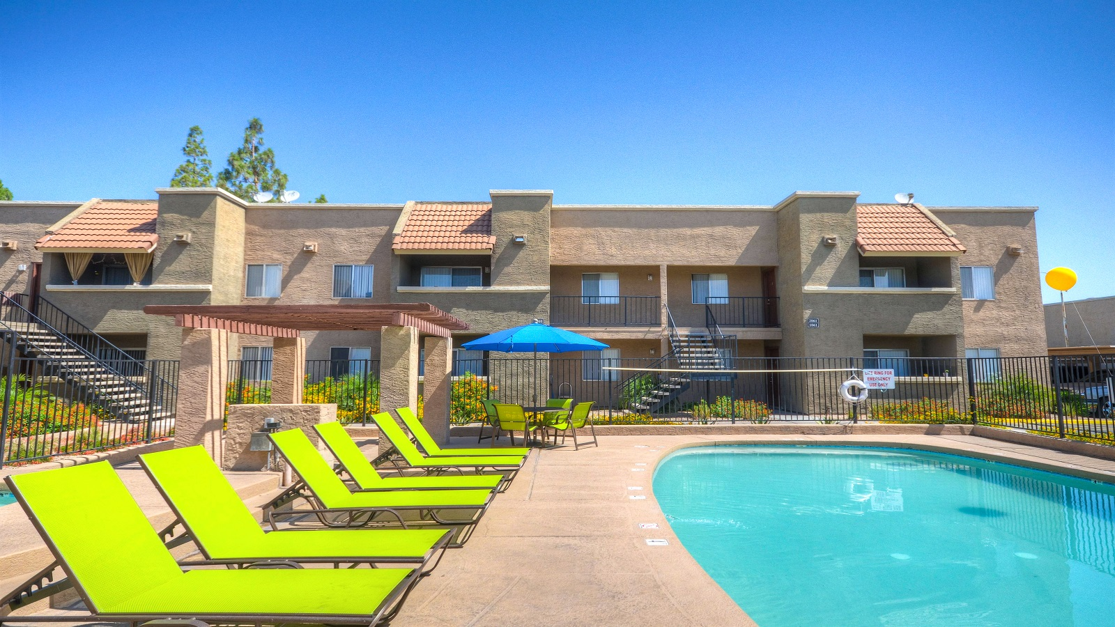 5631 West Colter Street Glendale, AZ 85301 | 304 Units | Built in 1984 | $25,000,000 | $82,237 Per Unit | $94.67 Per SF