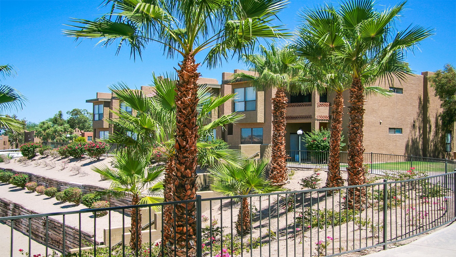 Rio Santa Fe Apartments | 1600 West 12th Street, Yuma, AZ 85364 | 312 Units | Built in 1990 | $19,500,000 | $62,500 Per Unit | $69.63 Per SF