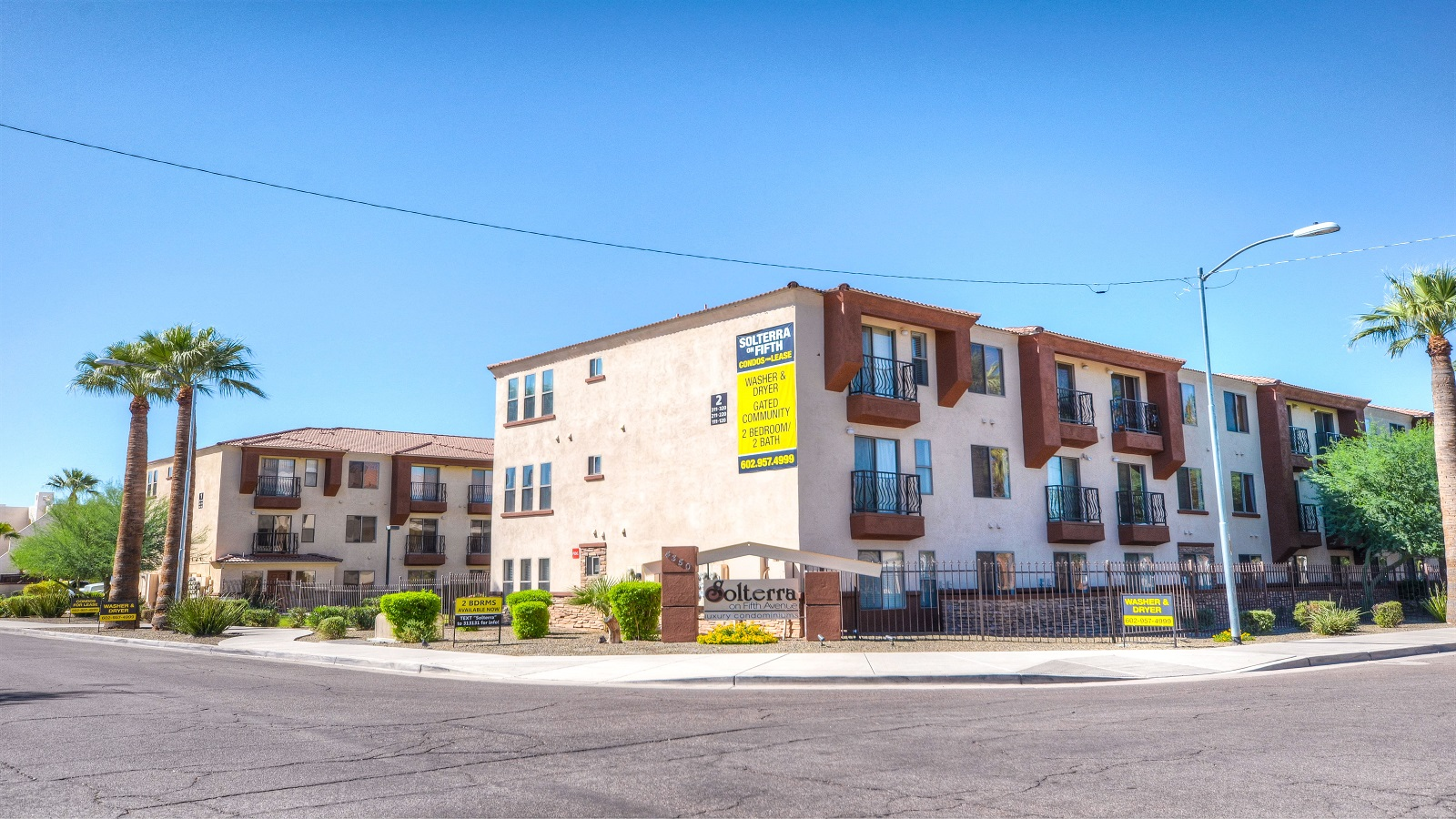Solterra on Fifth Avenue Condominiums | 4350 North 5th Avenue, Phoenix, AZ 85013 | 41 (of 60) Units | Built: 2006 | $6,000,000 | $146,341/Unit | $173.98/SF
