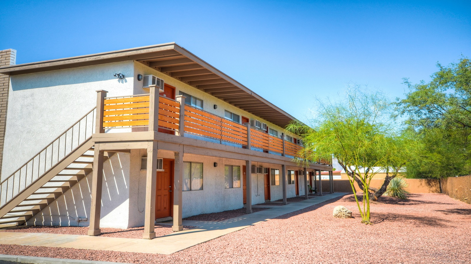Sycamore Cove Apartments | 2458 North Sycamore Blvd, Tucson, AZ 85712 | 67 Units | Built in 1979, Renovated in 2017 | $2,385,000 | $35,597 Per Unit | $88.99 Per SF