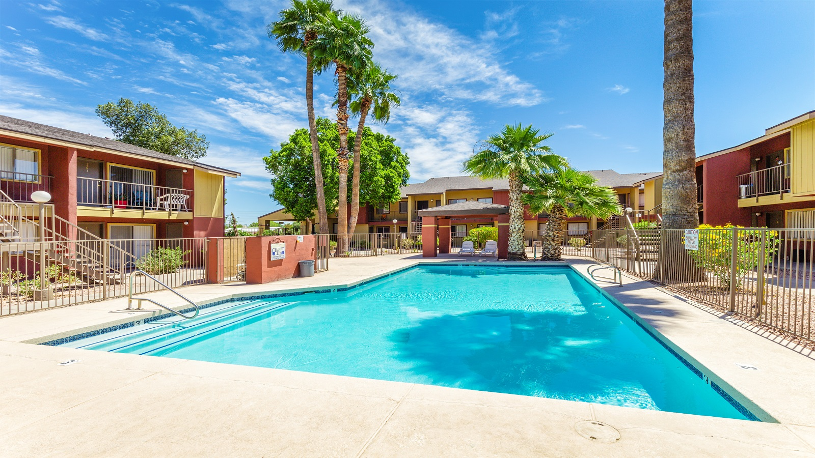 Silver Tree Apartments | 4336 North 35th Avenue, Phoenix, AZ 85017 | 98 Units | Built in 1986 | $8,150,000 | $83,163 Per Unit | $137.78 Per SF