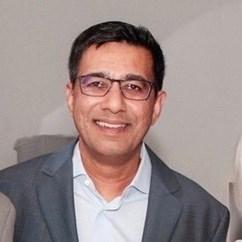 Mihail Lari