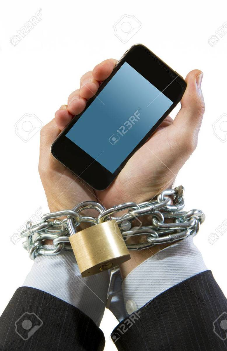 33617667-hands-of-businessman-addicted-to-mobile-phone-chain-locked-wrists-in-smartphone-internet-addiction-a.jpg