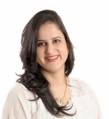 dr . Divya  Sharma