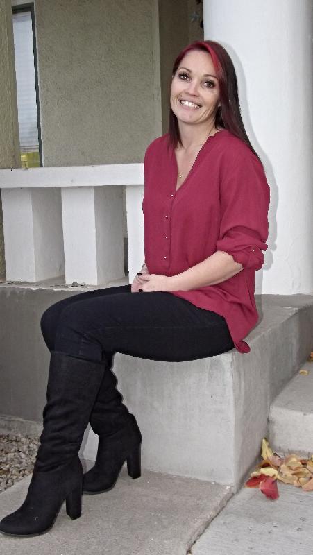 Nikki Favier