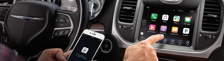 2019 Chrysler 300 - Technology