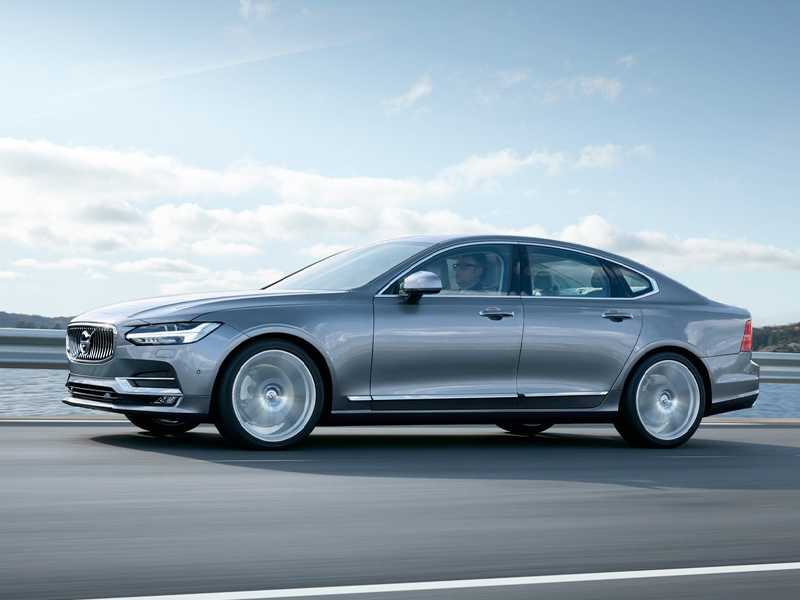2019 Volvo S90 - Performance