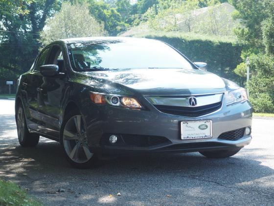 2013 Acura ILX :22 car images available