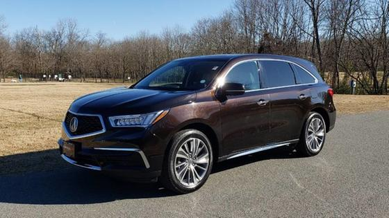 2017 Acura MDX Technology:24 car images available