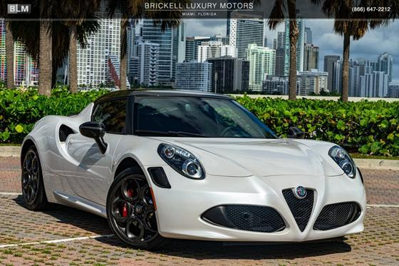 2018 Alfa Romeo 4C :24 car images available