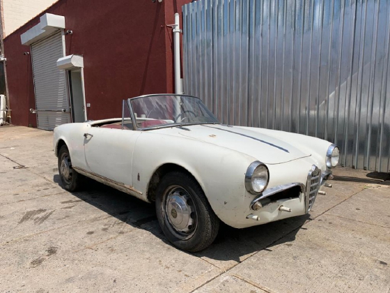 1962 Alfa Romeo Classics Giulietta Spider:4 car images available