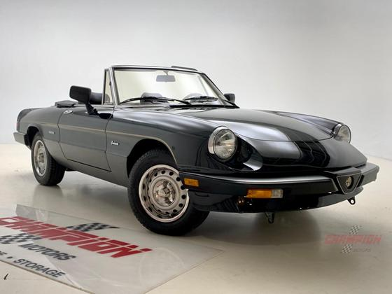1986 Alfa Romeo Classics Spider Veloce:24 car images available
