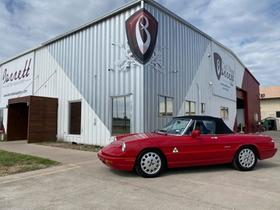 1991 Alfa Romeo Classics Spider Veloce:24 car images available