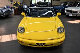 1992 Alfa Romeo Classics Spider Veloce