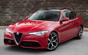 2019 Alfa Romeo Giulia :24 car images available