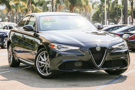 2017 Alfa Romeo Giulia :24 car images available