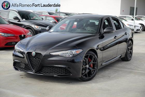 2020 Alfa Romeo Giulia :21 car images available
