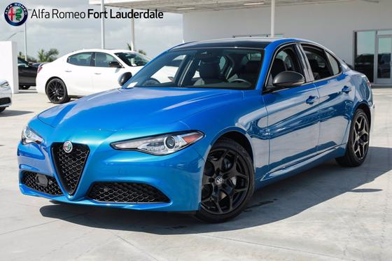 2021 Alfa Romeo Giulia :19 car images available