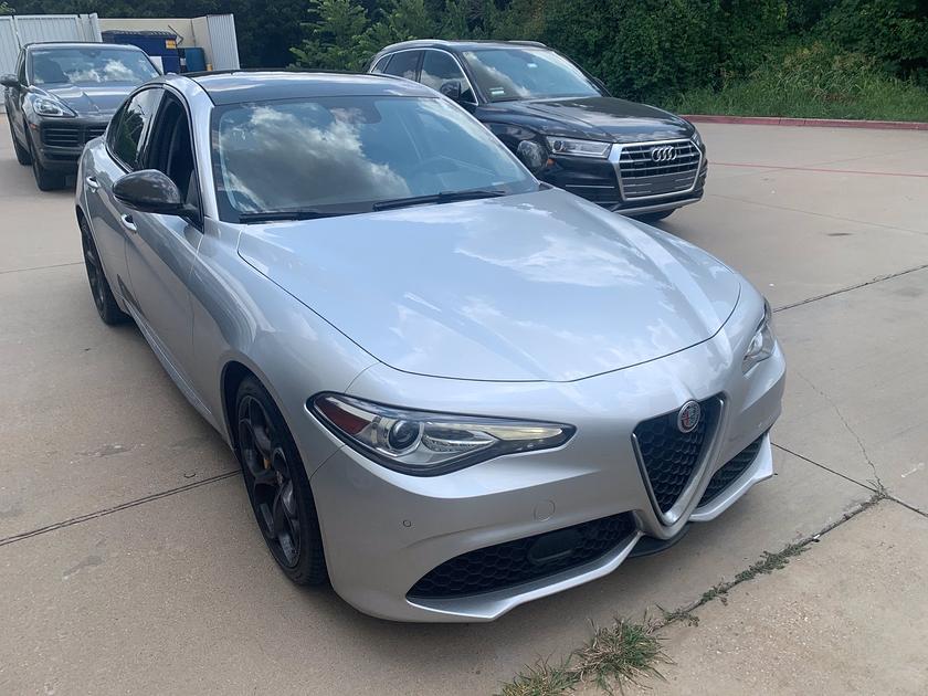 2018 Alfa Romeo Giulia :7 car images available