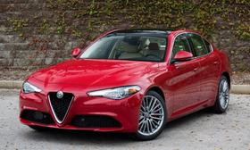 2019 Alfa Romeo Giulia Ti Lusso:24 car images available
