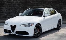 2019 Alfa Romeo Giulia Ti Sport:24 car images available