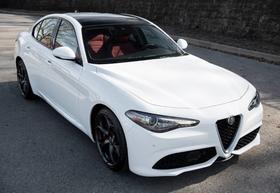 2019 Alfa Romeo Giulia Ti Sport