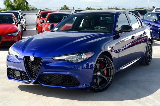 2020 Alfa Romeo Giulia Ti Sport:24 car images available