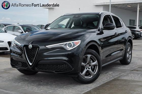 2021 Alfa Romeo Stelvio :20 car images available