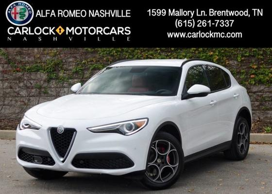 2018 Alfa Romeo Stelvio Ti Sport:24 car images available