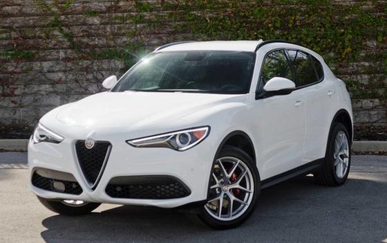 2018 Alfa Romeo Stelvio Ti Sport