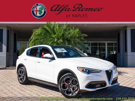 2020 Alfa Romeo Stelvio Ti Sport:24 car images available