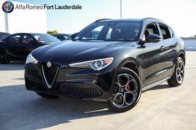 2021 Alfa Romeo Stelvio Ti Sport:21 car images available