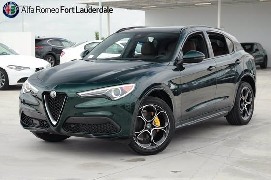 2021 Alfa Romeo Stelvio Ti Sport:22 car images available