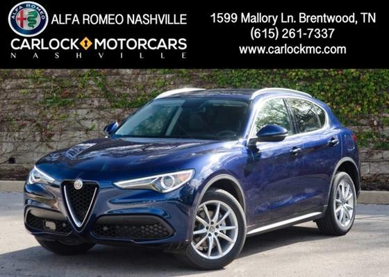 2018 Alfa Romeo Stelvio Ti:24 car images available