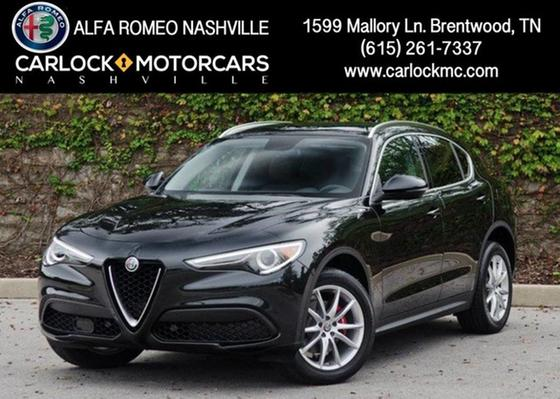 2018 Alfa Romeo Stelvio Ti:24 car images available