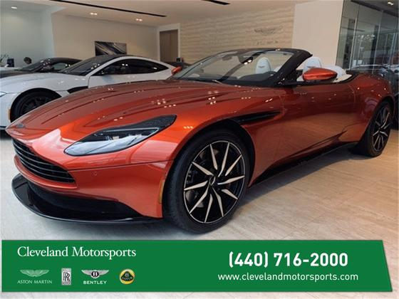 2019 Aston Martin DB11 :11 car images available