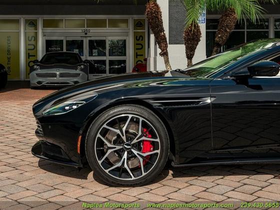 2019 Aston Martin DB11