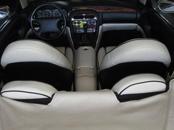 1998 Aston Martin DB7 Vantage Volante