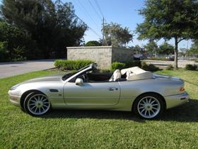 1998 Aston Martin DB7 Vantage Volante:24 car images available