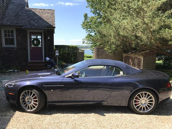 2009 Aston Martin DB9 Volante:8 car images available