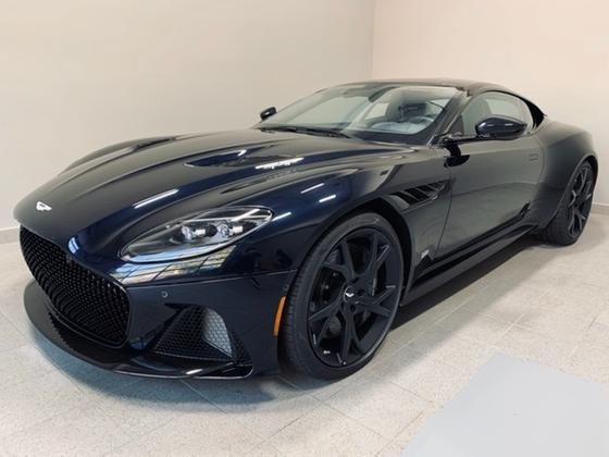 2019 Aston Martin DBS Superleggera:24 car images available
