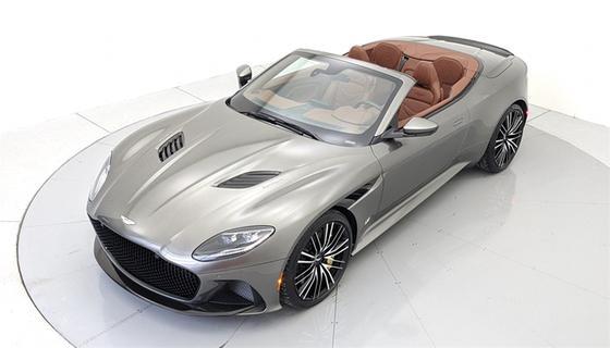 2021 Aston Martin DBS Superleggera