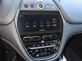 2021 Aston Martin DBX